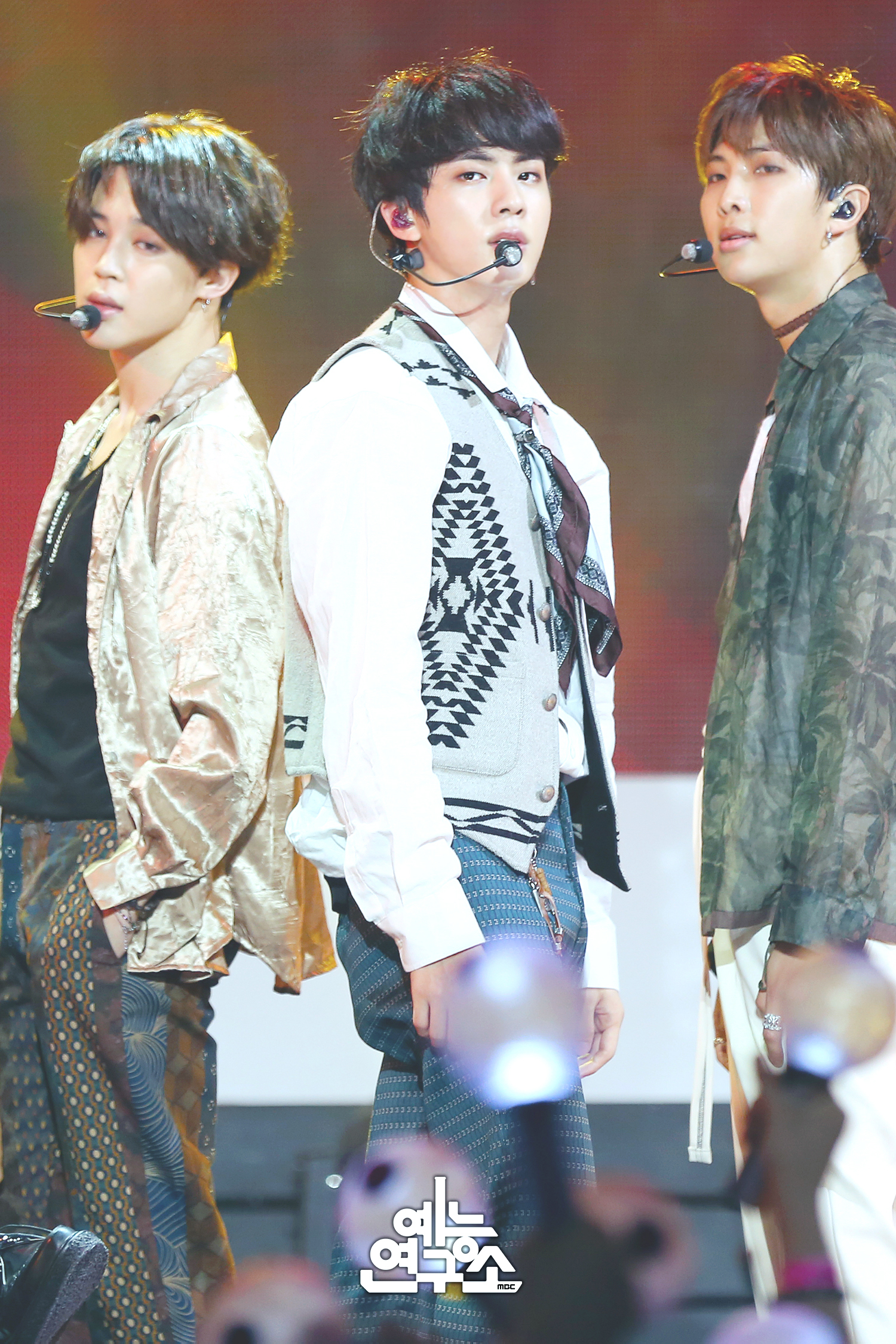 [Picture] BTS 'Airplane Pt.2' – MBC Show!Music Core [180526]