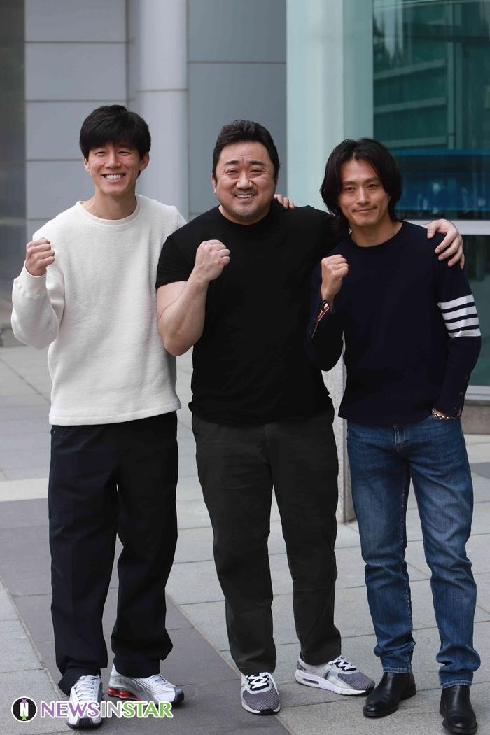 영화 '악인전' 홍보 위해 '두시탈출 컬투쇼'에 등장한 마동석-김무열-김성규
