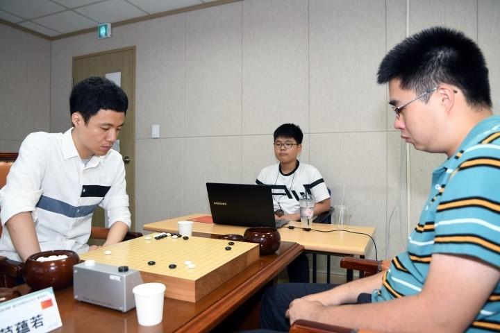 이영구-승자(왼쪽)_vs_판윈뤄.JPG