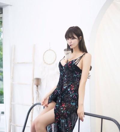 '공대여신' 레이싱 모델 민한나, 인스타 속 아찔한 몸매...'역시 더블지의 비주얼'