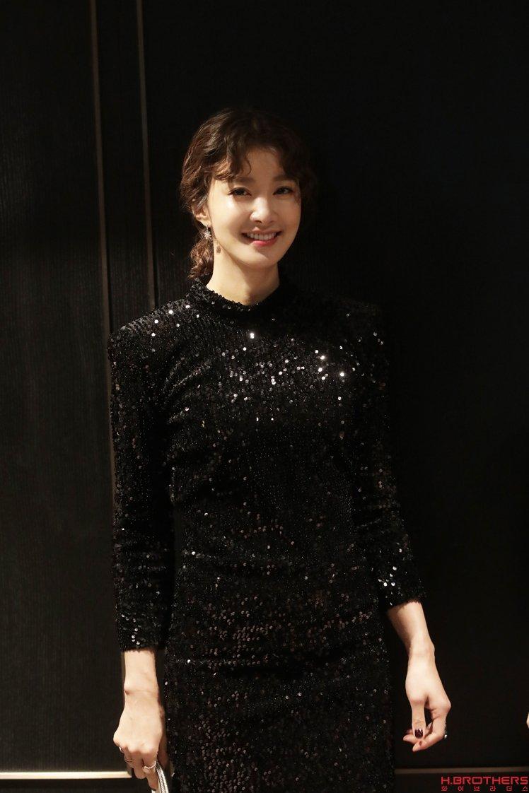 232a711aaed 이런 '언니' 또 없습니다! 여성 원톱 액션 배우의 탄생! : 네이버 포스트