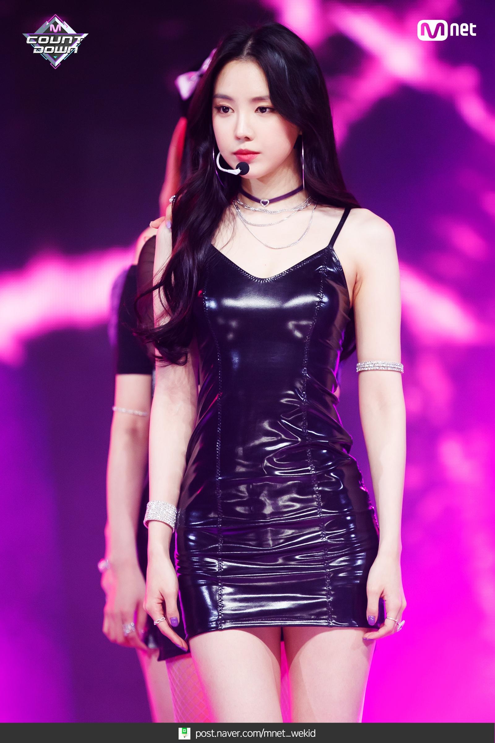 Apink_EungEung_(2).jpg