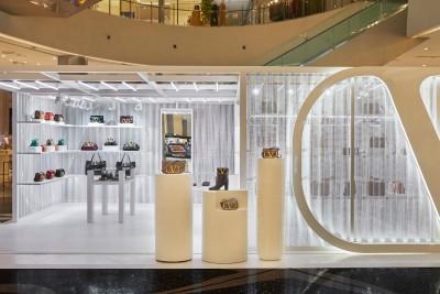 발렌티노, 신세계백화점 센텀점  V-Signature 팝업스토어 오픈