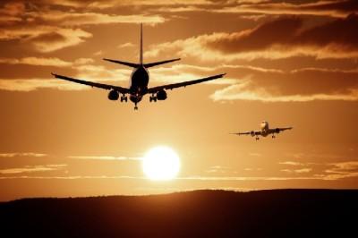 '주식 거래 정지' 아시아나항공, 상장폐지 심사받는다