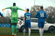 현대차, '아이오닉 5' 유럽 축구장에 등장한 이유는?