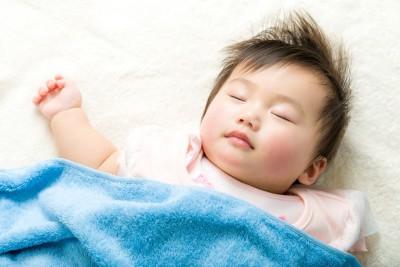잠 자다가 비명 지르는 아이 '야경증' 의심하세요